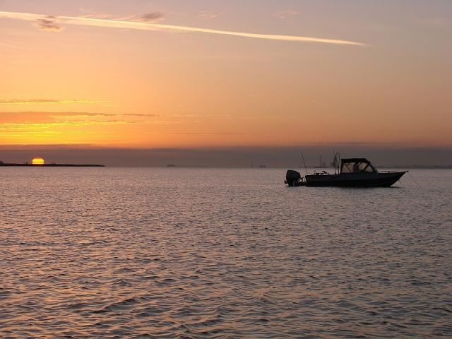 2011-3-10b-sunrise-johns-boat