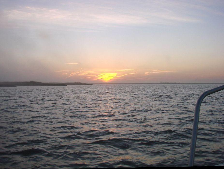 2013-3-13a sunrise on Suisun behind Freeman Island