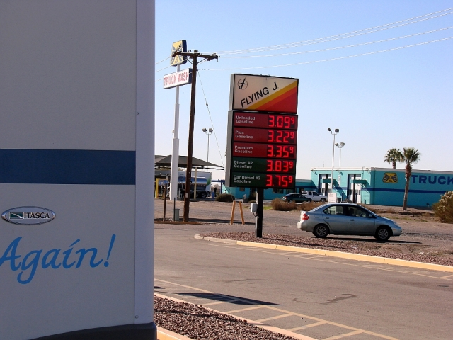 2014-1-15i lunch at Eloy Flying J. Good gas price but it wasn't time yet.