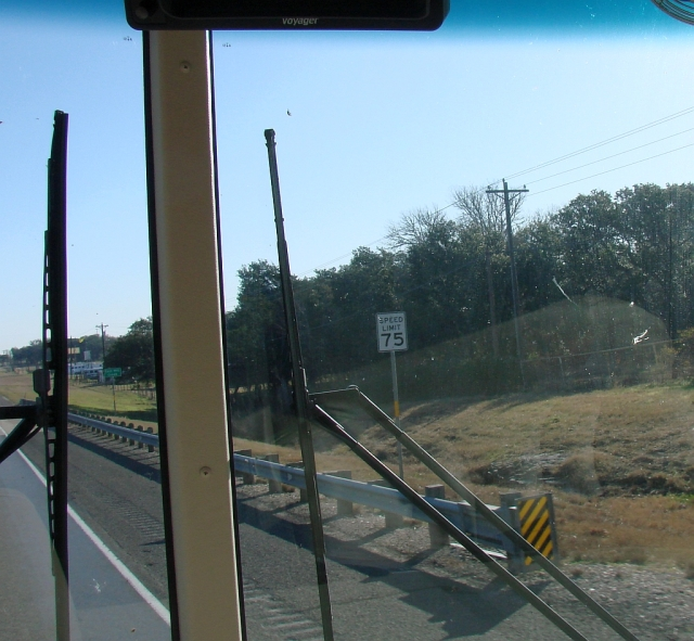 2014-1-18c US290, farms, dirveways, houses and 75 MPH! I love Texas the home of the free.
