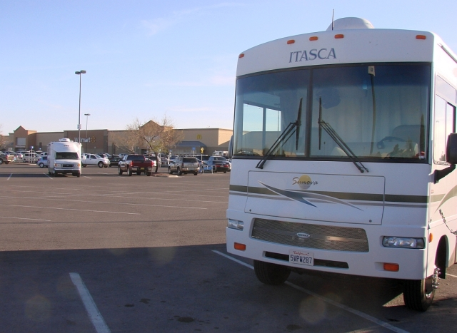 2014-1-21m parked for the night at Las Cruces, NM Walmart