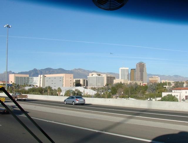 2014-1-22y Tucson skyline