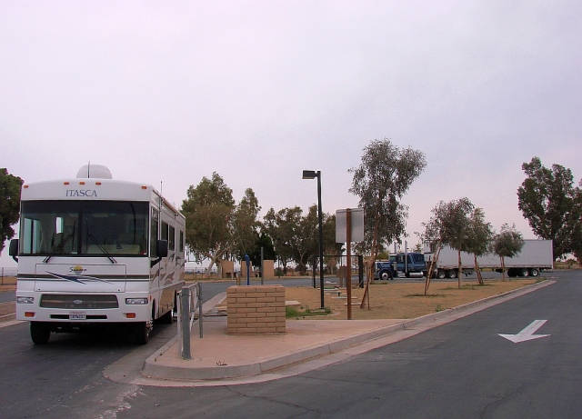 2014-1-24bc Nice rest area just north of El Centro with a RV dump. Yipppeeee.