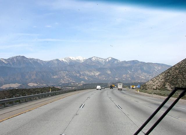 2014-4-4f southbound I-15