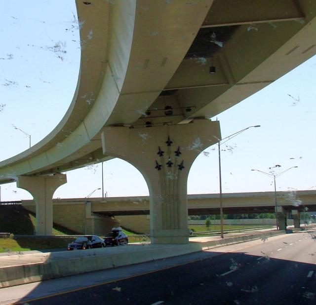 2014-5-18h Pensacola freeway art