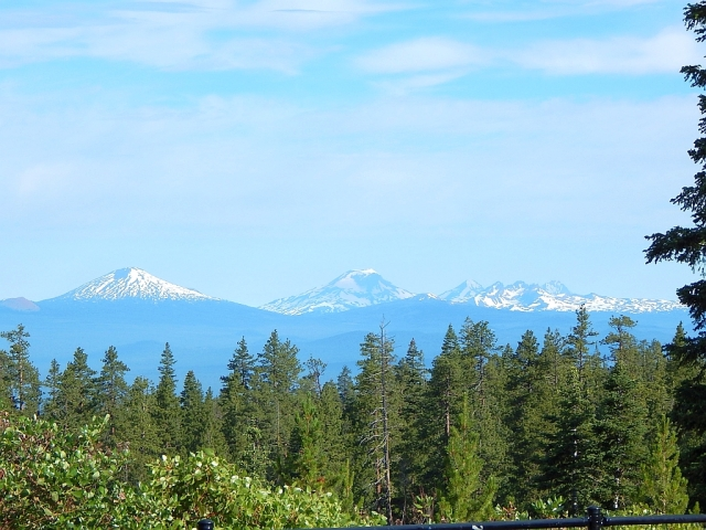 2014-7-11a view from Paulina Lake Rd