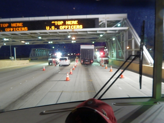 2014-7-27a Border Patrol stop