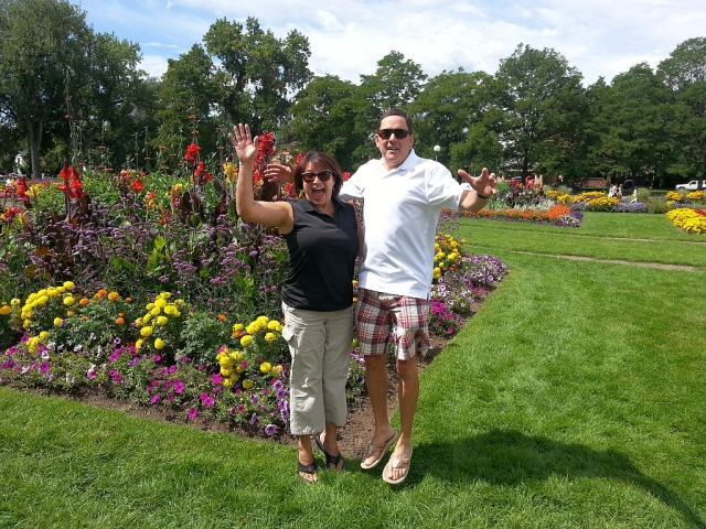 2014-8-31c Nancy, Allen at park
