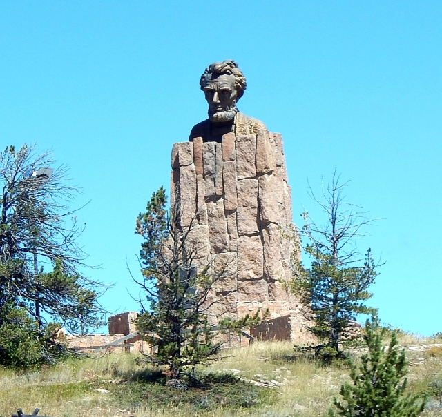 2014-9-2h Lincoln monument rest area at 8600 ft
