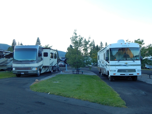 2014-9-4e Verdi Gold Ranch RV park with Youngs