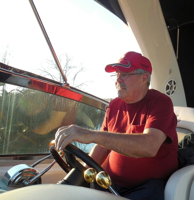 2014-12-28d retired Capt Dale at the helm