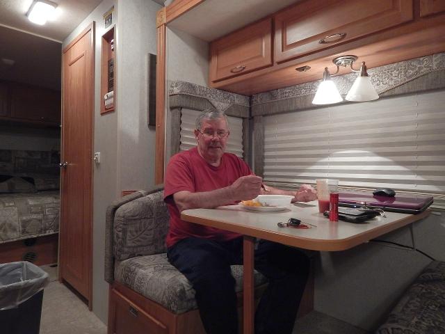 2015-1-22f dinner in Dale's Diner