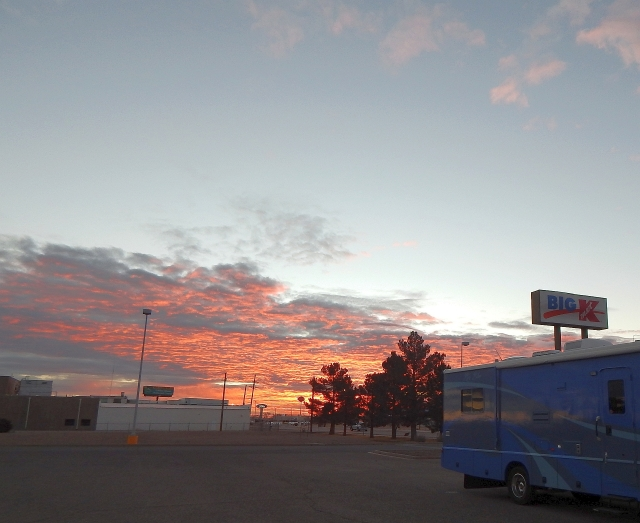 2015-1-27a sunrise over K-Mart in Deming NM