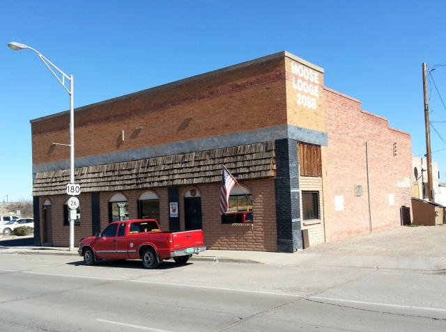 2015-1-27b Old building in Deming