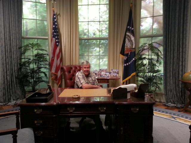 2015-1-30i President Dale takes over