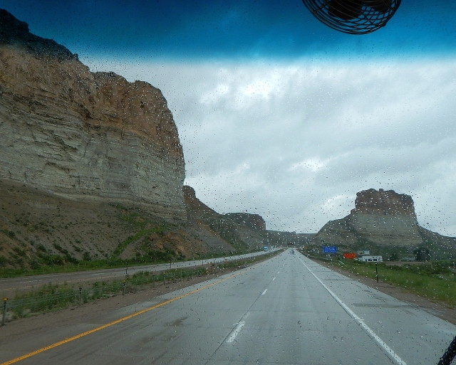 2015-6-11i strange formations near Green River