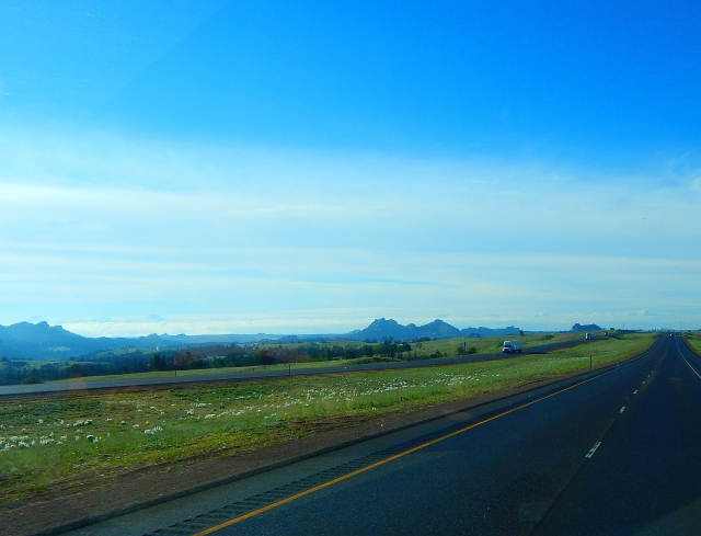 2015-6-12c gorgeous drive toward Cheyenne