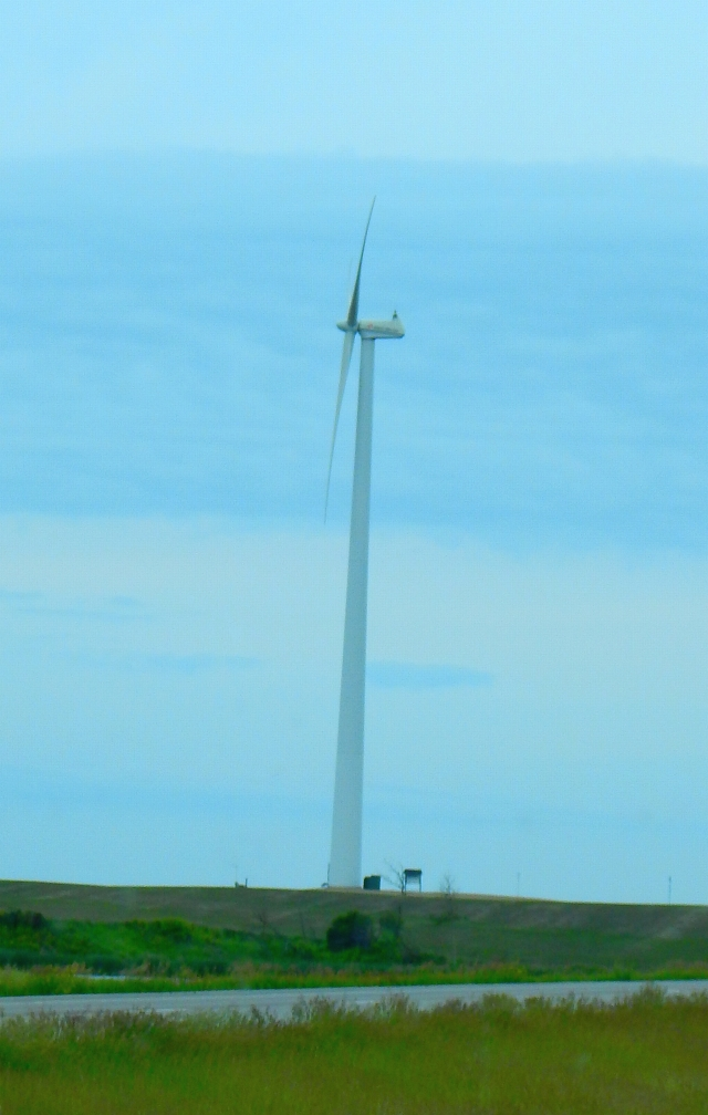 2015-6-19b lonely ND turbine
