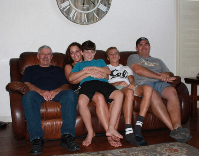 2015-7-11g family photo
