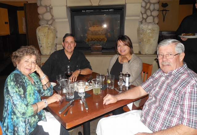 2015-9-20b dinner at Cool River