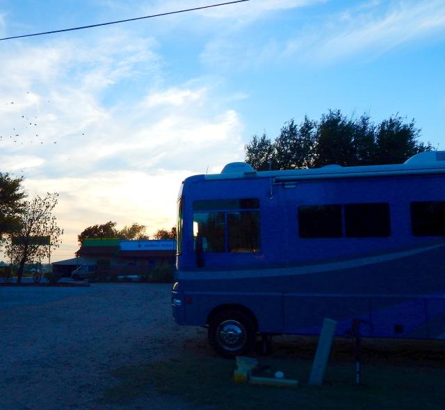 2015-9-21k Gunsmoke RV Park for the night. Ugh.