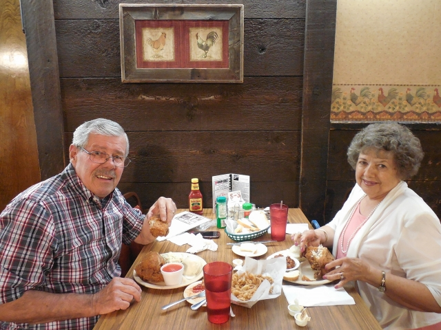 2015-9-23p Happy at Chicken Mary's
