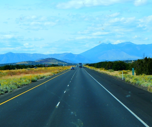 2015-9-28q mountains loomed climb to Flagstaff