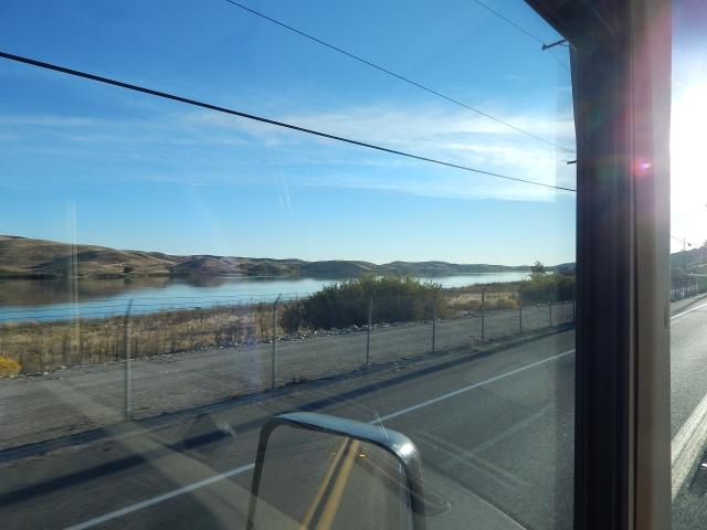 2015-10-23b Quail lake along SR138