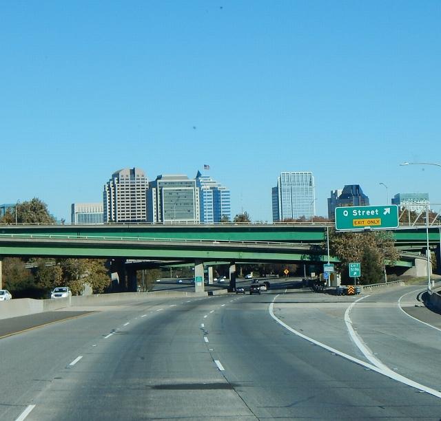 2015-11-27c Sacto skyline