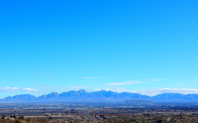 2016-1-26d Las Cruces and the Organ Mtns. from the rest area