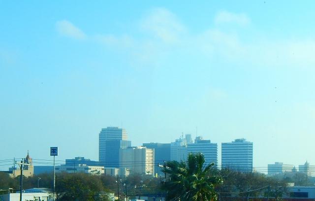 2016-1-31a Corpus Christi skyline