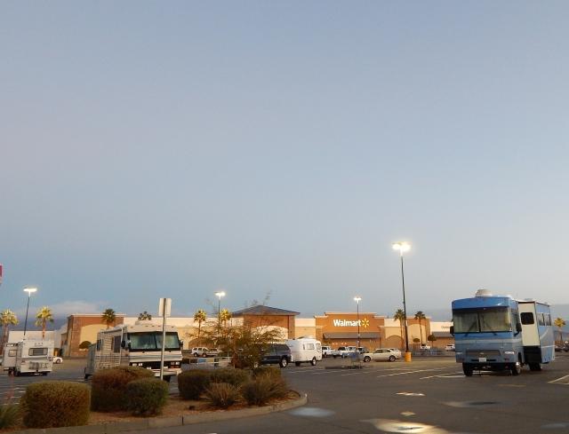 2016-1-6a early morn at Parker AZ Walmart