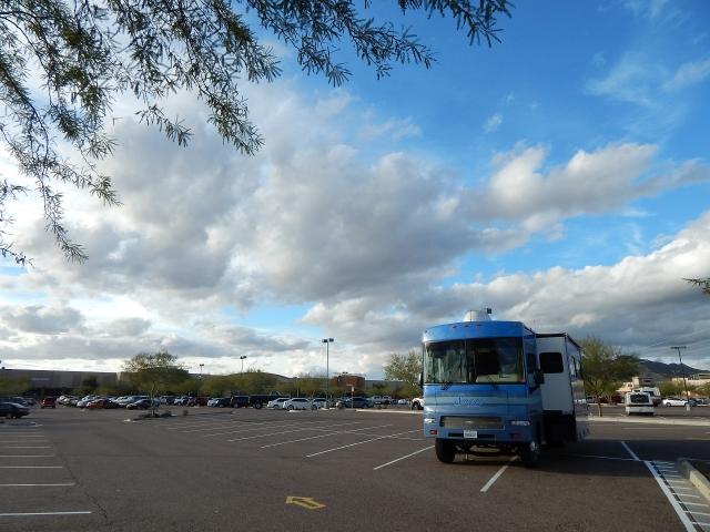 2016-1-6g jacks down at Buckeye, AZ Walmart