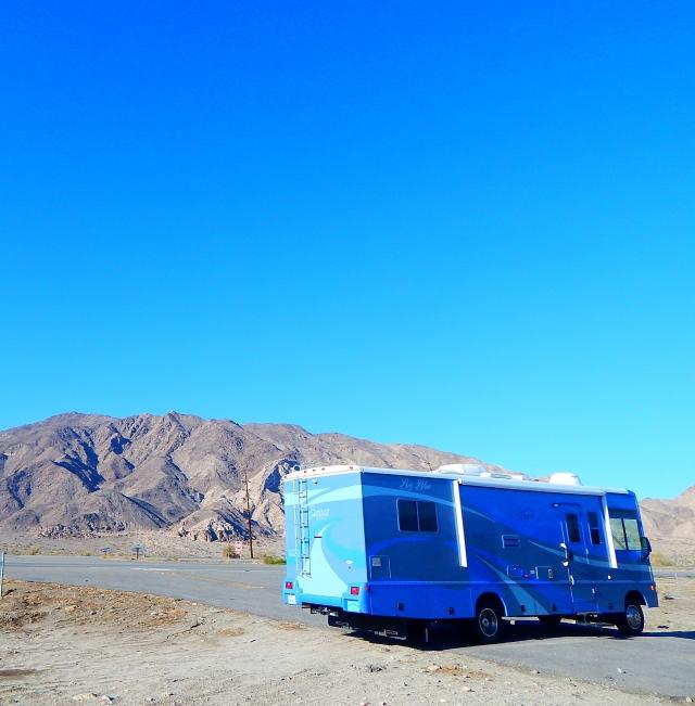 2016-1-8e Dales Diner near Salton Sea