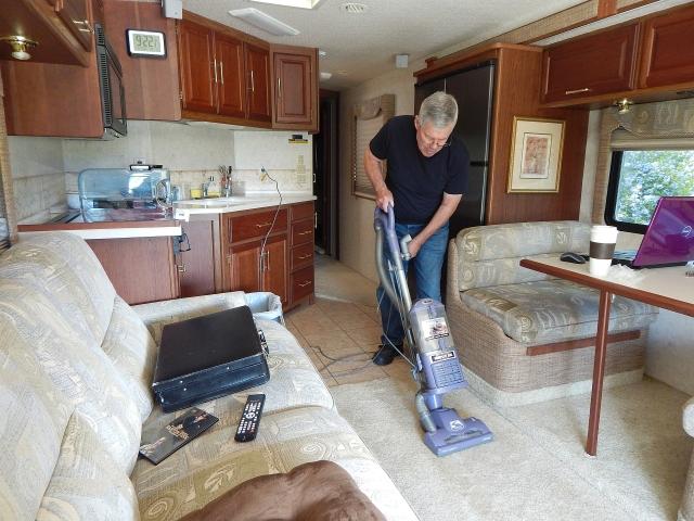 2016-4-30a housekeeper