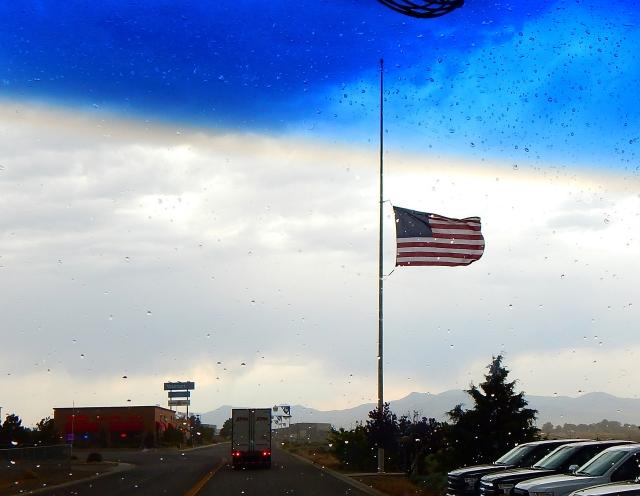 2016-6-5q thunder storm half mast for Ali