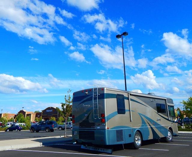 2016-7-19j Redmond, OR Walmart