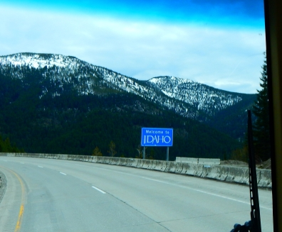 Lookout Pass was clear and dry and beautiful - and right on the Montana state line where I was welcomed to Idaho.