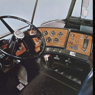 The very cool interior of a GMC Astro tractor similar to the one I drove. Even these many years later I think it's futuristic looking, but alas, GMC quit the big rig business decades ago.