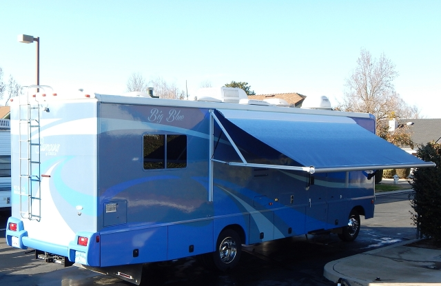 2015-12-23a coach power awning