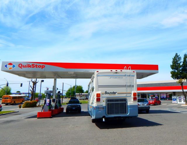 2018-4-18d fueling Yuba City