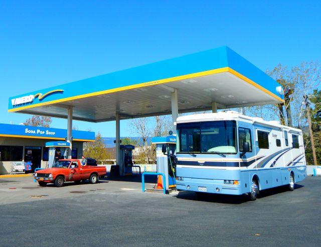 2018-4-22f fueling in Ashland