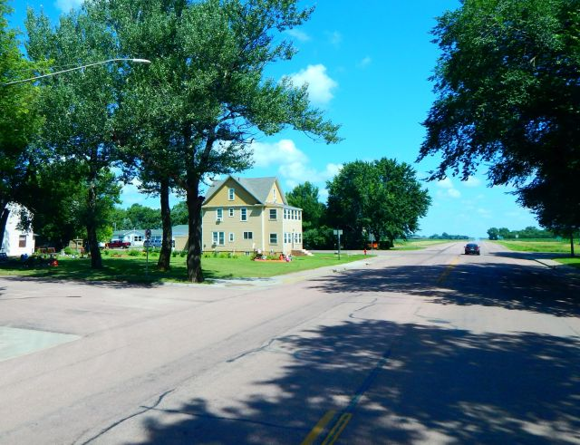 2018-7-14c small town of Salem, SD