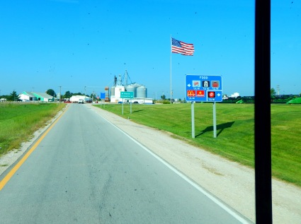 I pulled off here for lunch at their local Dale's Roadside Diner. And Old Glory attests to the incessant wind.