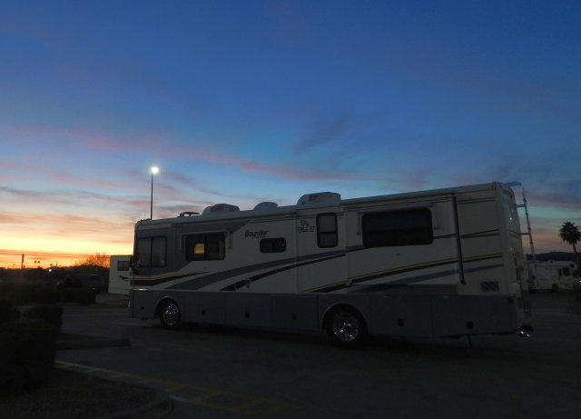2019-1-26l jacks down at sunset at parker, az