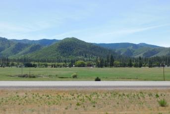 More lovely plateau near Yreka.