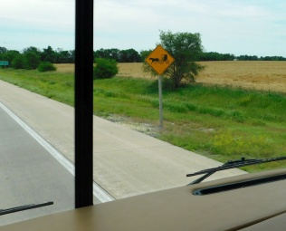 Amish wagons may be seen along these highways, but we hadn't seen any yet.