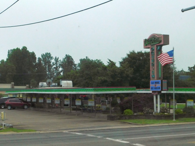 2019-6-20a old time Drive in Mena, AR