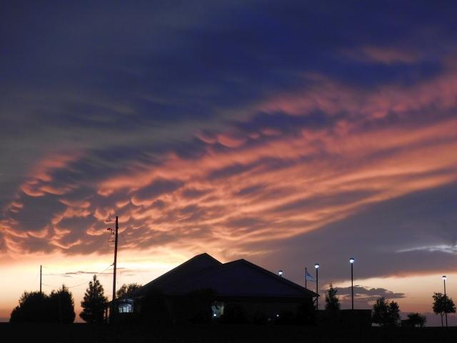 2019-9-24sc Hiawatha, KS Walmart sunset