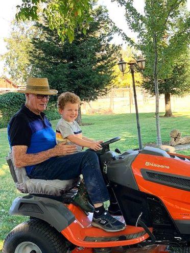2019-10-26e tractor ride with Poppa John